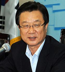 """한 """"李 담화 진성성 있는 회견""""...`민생 국익 의지확인'"""
