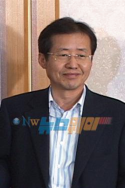 """홍준표 """"오늘 상임위 선출 하겠다"""""""