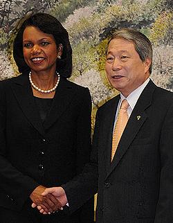 한-미 외교장관 회담…북핵 불능화 2단계 협력 합의