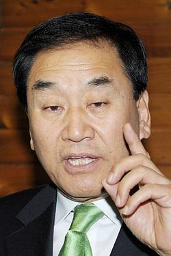 이재오 연말 정계복귀 기정사실화 野權 `발끈' 견제분위기