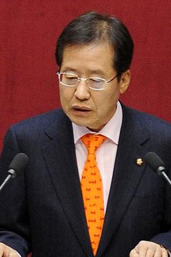 """홍준표 """"개혁법안 신속 처리 노력"""""""