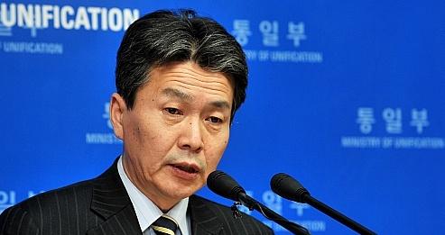 대북단체, 이젠 북한돈까지 삐라 뿌려…`검찰 고발'