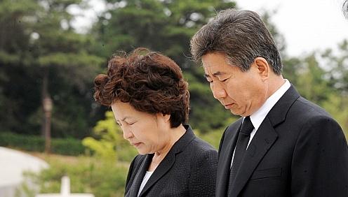 盧 수수혐의,  민주당 재보선 `동력상실'
