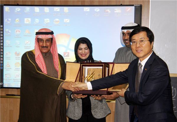 SK건설, 쿠웨이트에 첨단 교실 '스마트 클래스' 기부