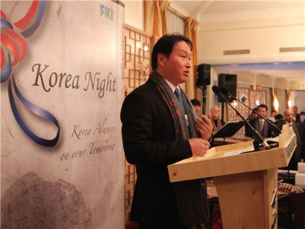 최태원 회장, 다보스서 '사회적 기업' 글로벌 동참 강조