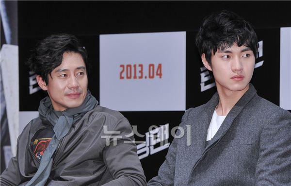 영화 '런닝맨' 신하균-이민호, '진짜 父子? 닮았네~'