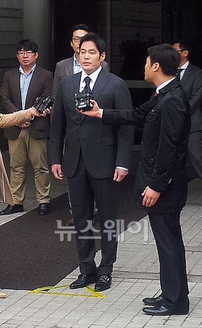 법원, 정용진 신세계 부회장에 벌금 1500만원 선고(종합)