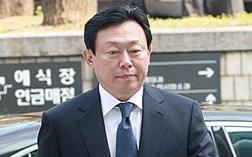 법원 출석하는 롯데 신동빈 회장