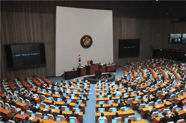 경제민주화 법안, '하도급법'만 통과…나머진 6월 국회로