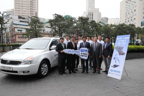 대우인터, 봅슬레이 국가대표단에 차량 기증
