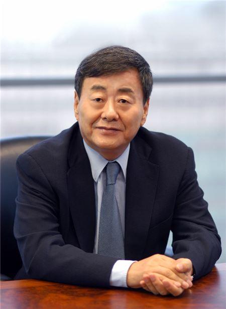 """김준기 동부 회장 """"탐욕적 이기주의 안타깝다"""""""