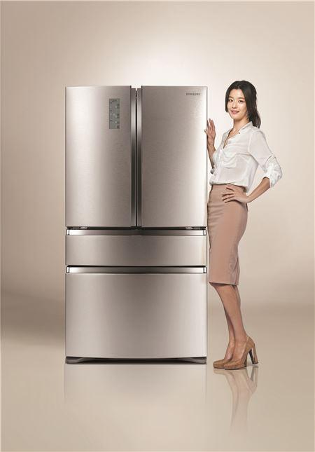 삼성전자, 2014년형 '지펠아삭 M9000' 김치냉장고 출시