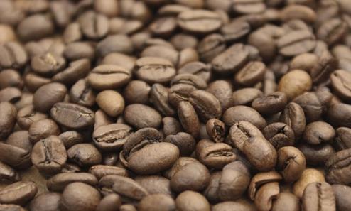 국내 대형 커피전문점...원두 가격인하에 커피값은 복지부동