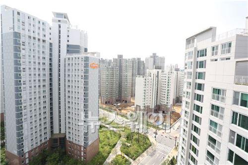 '벼랑 끝' 건설업계… 주택시장 회복 氣 살리기