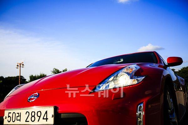 닛산 스포츠카 '370Z'