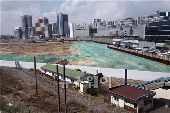 눈물의 '용산개발'…서울시·정부 稅收로 배 채워