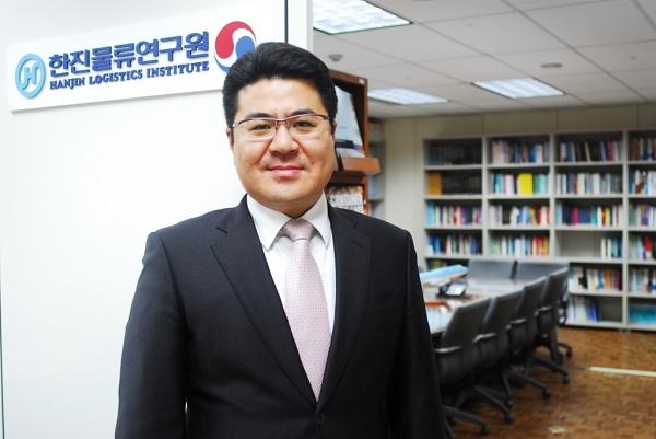한진물류연구원 엄인섭 박사, 세계 3대 인명사전에 등재