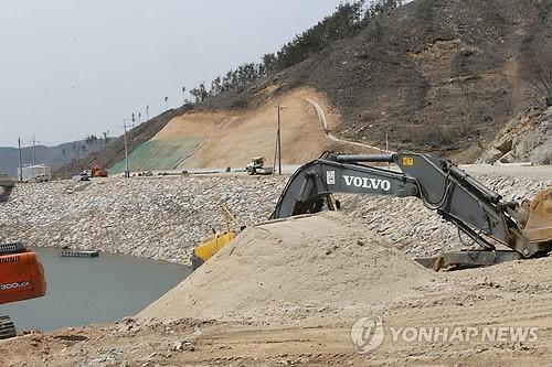 '4대강밀약' 관급공사 철퇴…중견사 싹 쓰러질라