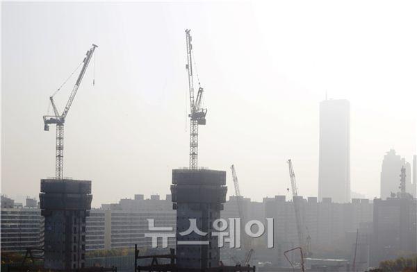 중국發 스모그에 뿌연 서울 하늘