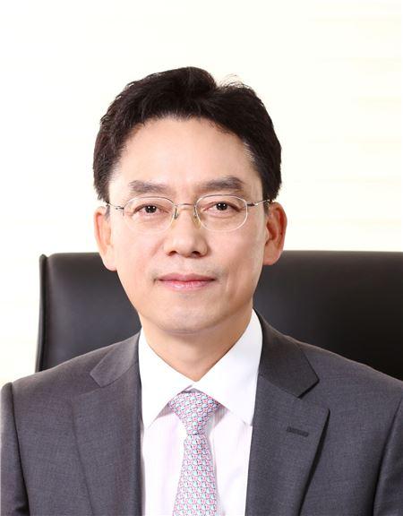 손봉수 하이트진로 생산총괄 사장 겸 하이트진로음료 대표