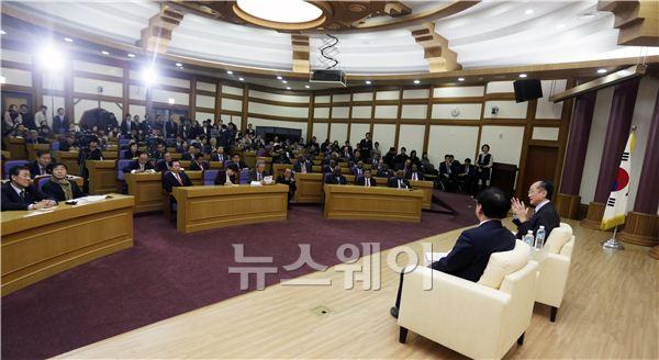 인사말하는 김용 세계은행 총재