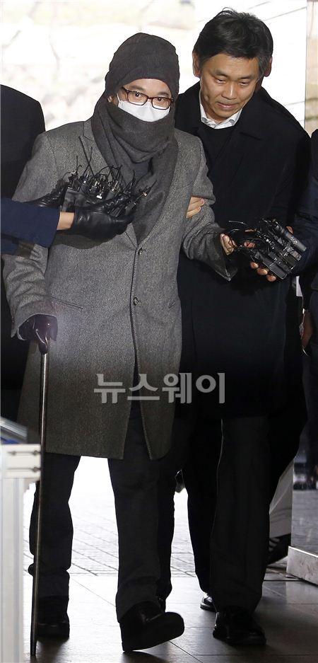 이재현 CJ 회장, 첫 재판 출석…부인 김희재 여사 참관