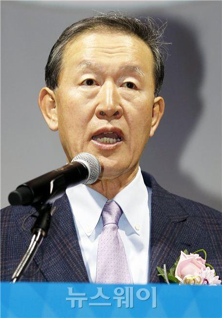 제24회 시장경제대상 환영사하는 허창수 회장