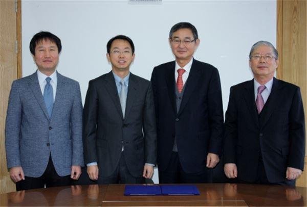 코스맥스-코스온, 중국서 협력 MOU 체결