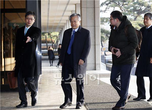 배임·횡령 혐의 이석채 전 KT회장, 구속영장 기각