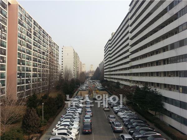 강남 재건축 거래 절벽…분위기에 호가만 '쑥'