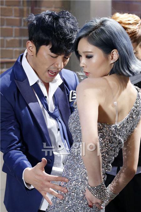 M 이민우 , '미녀댄서와 아슬아슬한 터치'