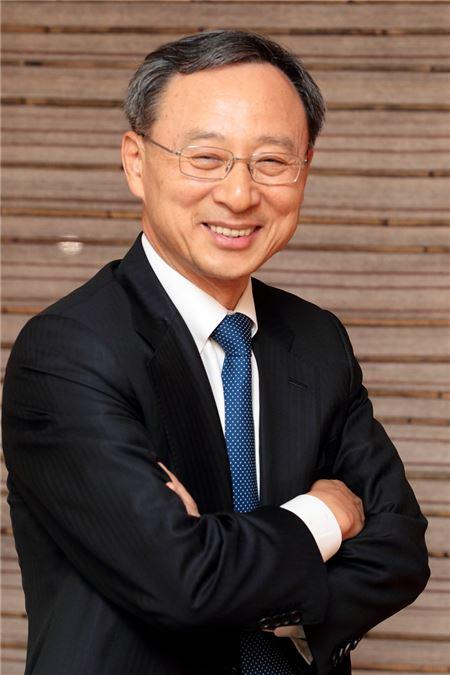 KT 황창규號 오늘 공식 출범…'황의 개혁' 시작된다