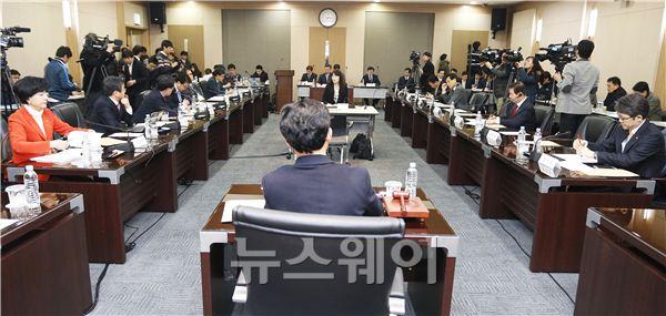 [NW포토]국회 정무위원회, 롯데카드 현장조사 착수