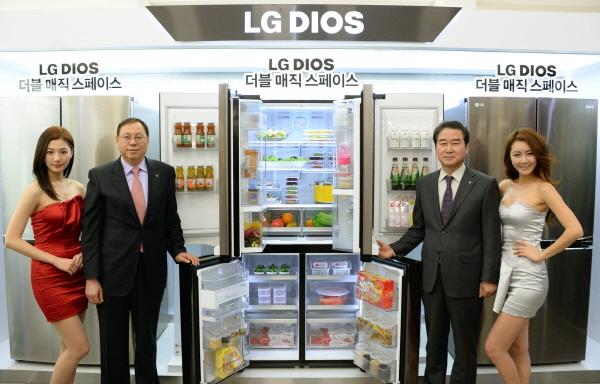 [NW포토]조성진 LG전자 사장, 디오스 냉장고 소개