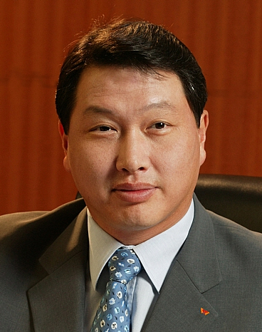 최태원 '회장' 직위도 내려놓는다…SK 대주주로만 활동