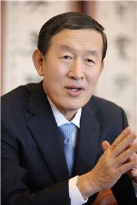 허창수 회장, GS건설 사내이사로 재선임