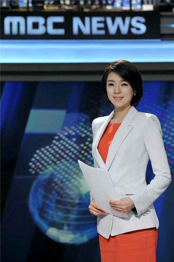 배현진 아나, 'MBC 뉴스데스크'로 복귀…박용찬 취재센터장과 함께