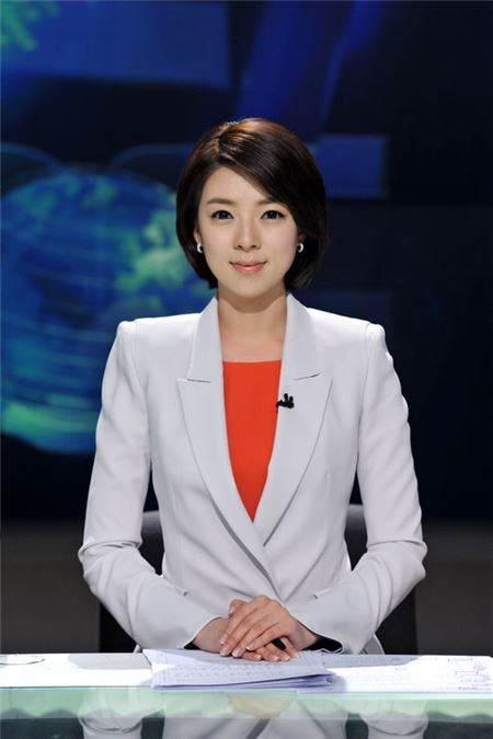MBC 배현진 아나, 보도국 정식 발령…5월12일부터 '뉴스데스크' 앵커