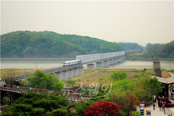 'DMZ 트레인' 운행 한달 만에 승객 1만명 돌파