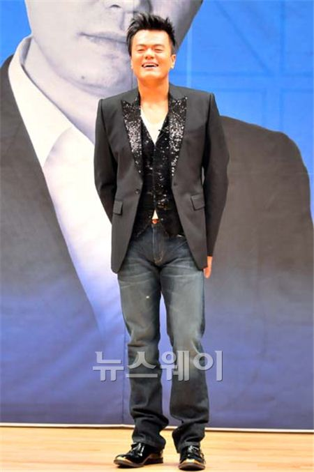 "JYP측, YG 매각설 일축…""의사타진 조차 해본 적 없어"""