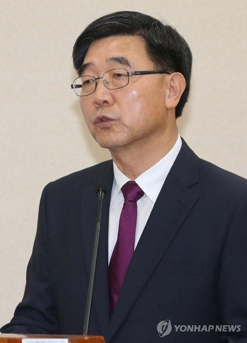 """이기권 후보자 """"노동시장 구조 바꾸겠다"""""""