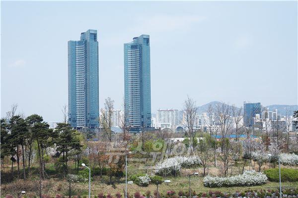 '별에서 온 그대' 열풍…갤러리아 포레 매물에 중국 '큰손' 눈독
