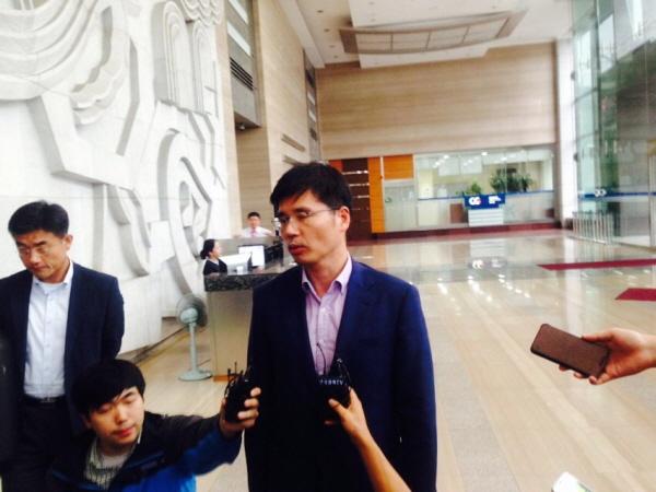 삼성 직업병 피해자 교섭단 분열…반올림-대책위로 나뉘어