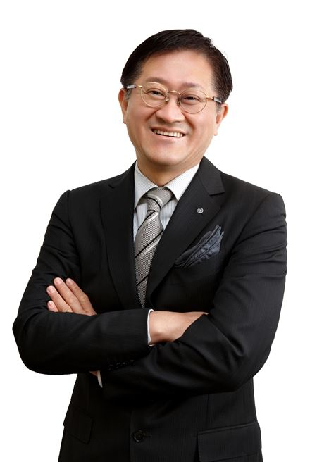 서경배 아모레퍼시픽그룹 회장, 서울대병원에 10억 통큰 기부