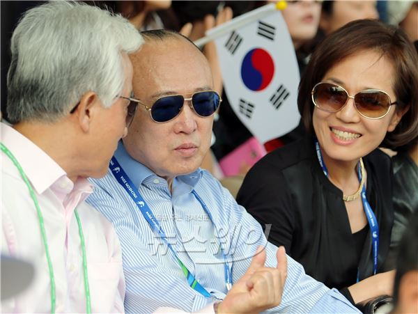 [NW포토]인천AG, 막내아들 김동선의 응원나선 김승연 한화회장