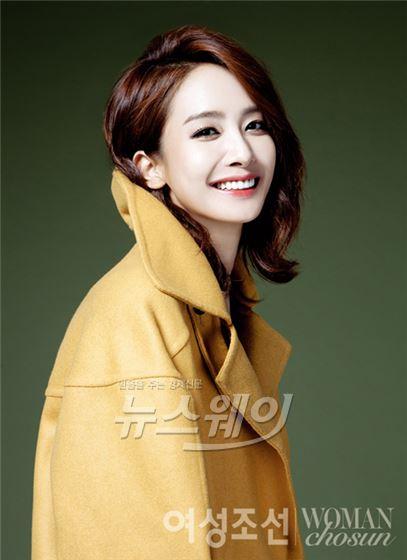 여배우 박정아, 미소가 아름다운 가을 레이디 변신