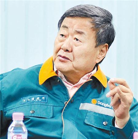 김준기 동부그룹 회장, 동부제철 대표직 사퇴