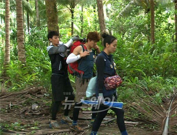 타오·이재윤·다나, 가족 같은 환상 케미 '新 가족의 탄생' (정글의 법칙)