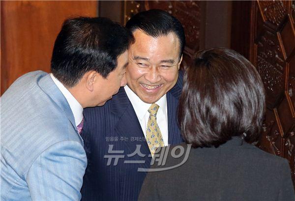 이완구·김성태·나경원, 화기애애
