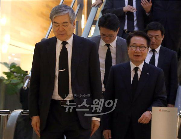 조양호 한진 회장, 이동찬 명예회장 조문…10대그룹 총수 총 출동